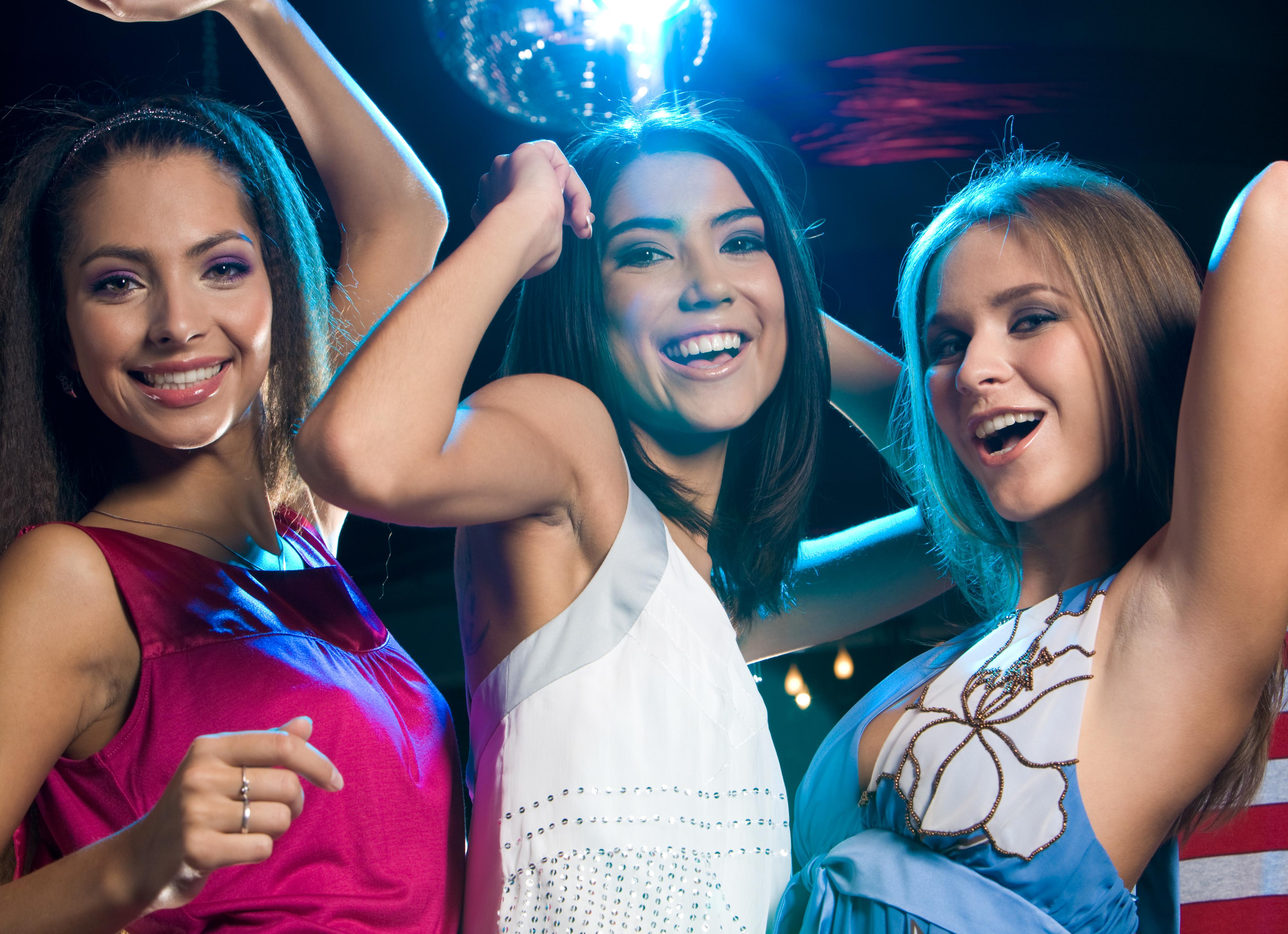Фото девушек в клубах 16 фотография