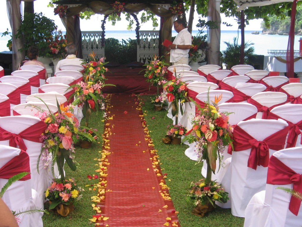 Event planner miami fine linens miami table linen and chair zoom in junglespirit Images