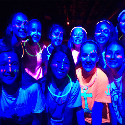Neon glow in the dark party 2