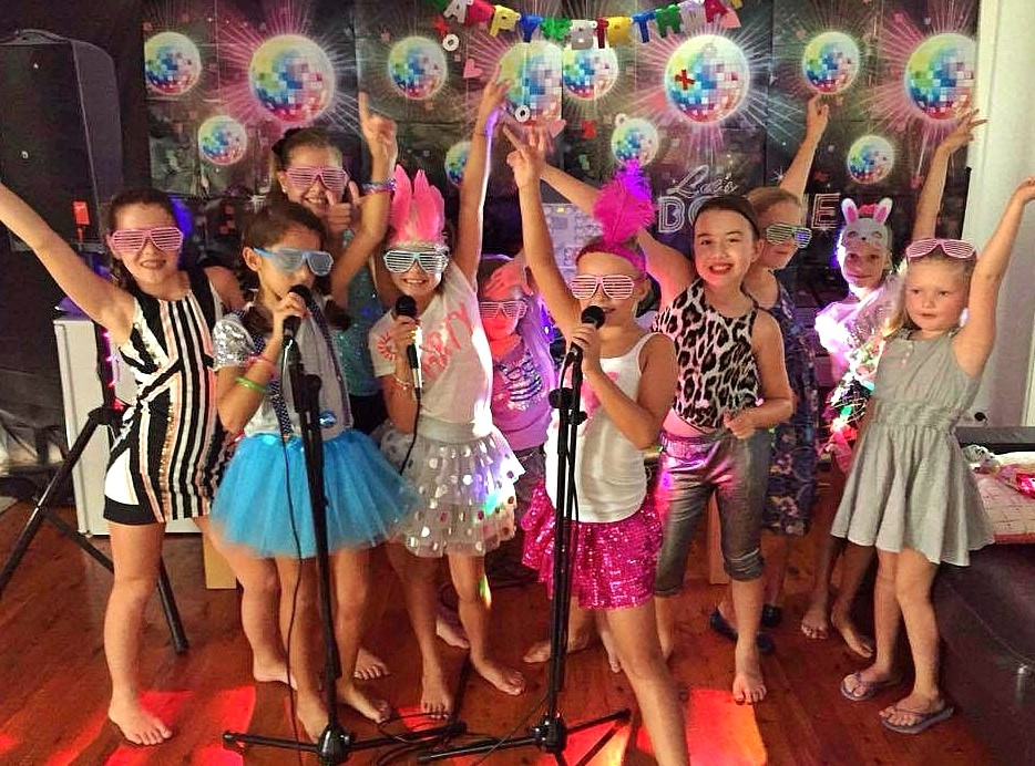 Miami Party Entertainment - Sing a long Karaoke DJ for kid parties
