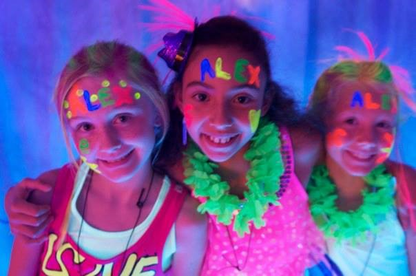Miami Party Entertainment - Neon glow party with lights and DJ entertainer